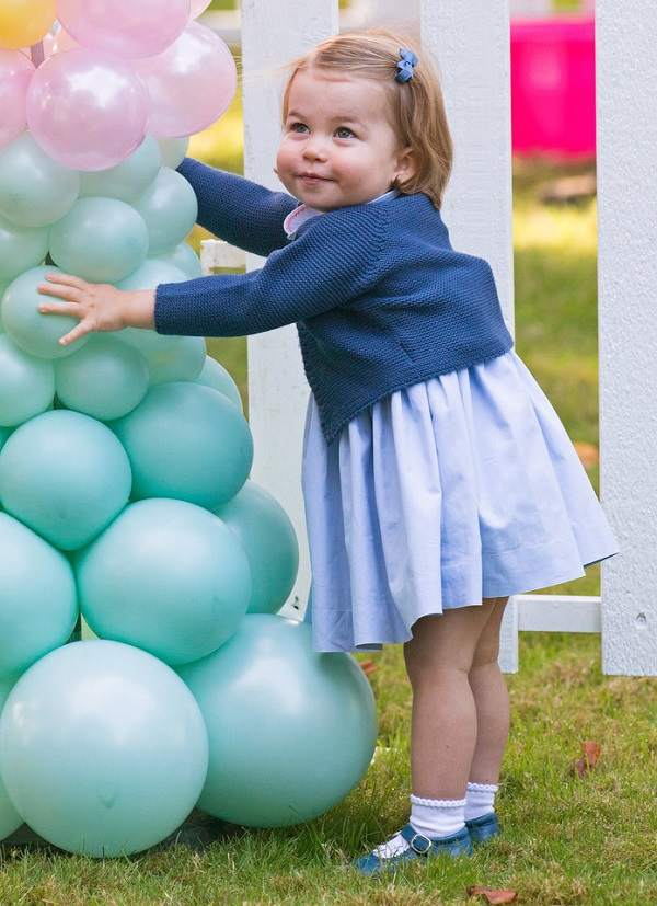 Princess Charlotte Loves Balloons